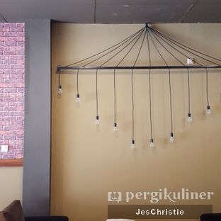 Foto 5 - Interior di Brothers Coffee oleh JC Wen