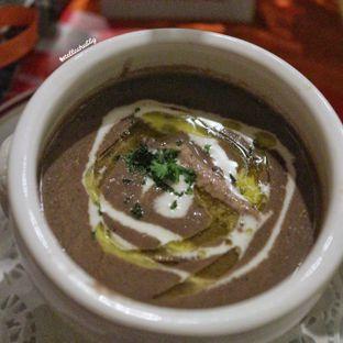 Foto 5 - Makanan(Petit parisian Mushroom soup) di Le Quartier oleh Stellachubby