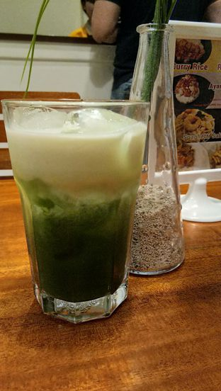 Foto 4 - Makanan(Green Tea Macchiato) di Mango & Me oleh Komentator Isenk
