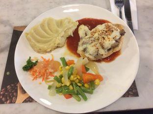 Foto - Makanan(Chicken Valdostana) di Glosis oleh Elvira Sutanto