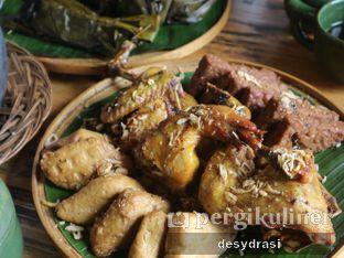 Foto 2 - Makanan(Ayam Goreng) di Purbasari - Dusun Bambu oleh Desy Mustika