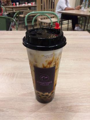 Foto 4 - Makanan(Cream Brulee Milk Tea) di Chatime Atealier oleh Jonathan Kristian