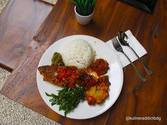 Masakan Parasmanan Seperti Masakan Rumahan Review Kuliner Addict