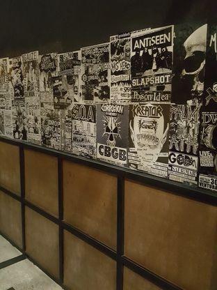 Foto 8 - Interior di Lawless Burgerbar oleh Stallone Tjia (@Stallonation)
