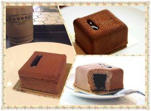 Foto 2 - Makanan(Hazel nutcraker cake) di Colette & Lola oleh Komentator Isenk