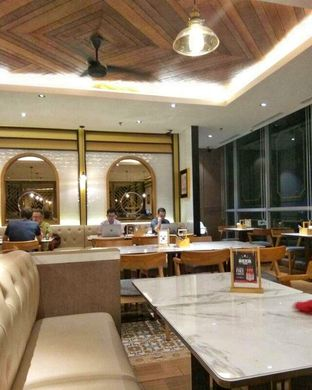 Foto 1 - Interior di PappaRich oleh @makansamaoki