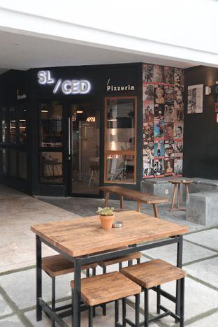Foto 8 - Interior di Sliced Pizzeria oleh thehandsofcuisine