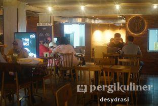 Foto 7 - Interior di Roppan oleh Makan Mulu