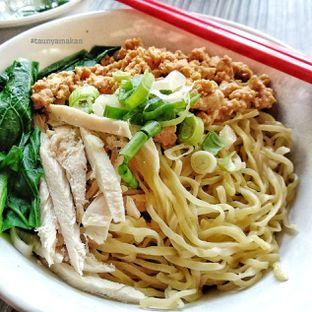 Foto 3 - Makanan di Bakmi Rudy oleh culinarypurple