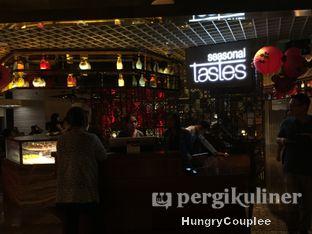 Foto 1 - Interior di Seasonal Tastes - The Westin Jakarta oleh Hungry Couplee