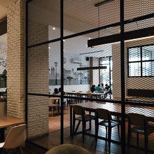 Foto 5 - Interior di Coffee Motion oleh Della Ayu