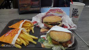 Foto - Makanan di Carl's Jr. oleh Risyah Acha