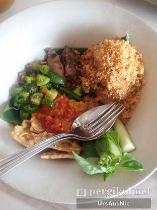 Foto 9 - Makanan(Lauk Nasi tutug) di Tesate oleh UrsAndNic