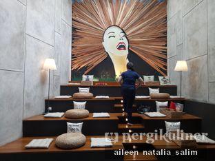 Foto 5 - Interior(Candid by Pelayan nya) di Red Door Koffie House oleh @NonikJajan