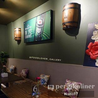 Foto 4 - Interior di Chillout oleh Nana (IG: @foodlover_gallery)