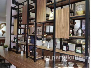 Foto 4 - Interior di Macroni Tei Coffee oleh Asiong Lie @makanajadah