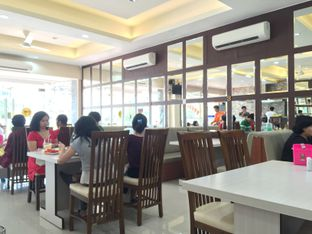 Foto 6 - Interior di RM Indah Jaya Minang oleh Prajna Mudita