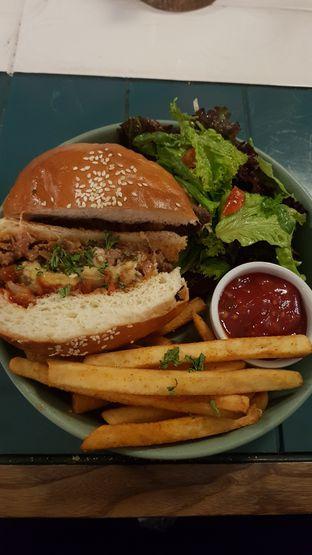 Foto 1 - Makanan di Byron Selective oleh Widya WeDe