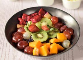 7 Jenis Buah-buahan yang Paling Sering Diolah Menjadi Salad Buah