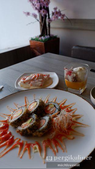 Foto 165 - Makanan di Sushi Itoph oleh Mich Love Eat