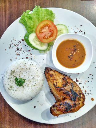 Foto 1 - Makanan di Cyrano Cafe oleh Farach Putri | #TheLostFoodie