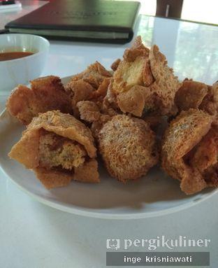 Foto 3 - Makanan(Tahu Kipas) di Talaga Sampireun oleh Inge Inge