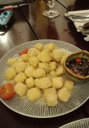 Foto 12 - Makanan(Fried Tofu (IDR 22k) ) di Onni House oleh Renodaneswara @caesarinodswr