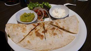 Foto 2 - Makanan di Uncle Tjhin Bistro oleh Vising Lie