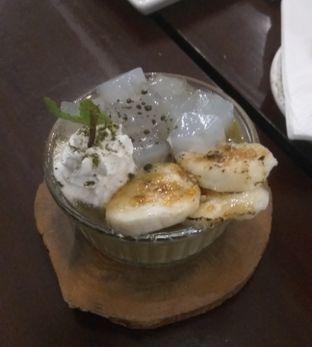 Foto 5 - Makanan(Matcha Brulee (IDR 43k) ) di Onni House oleh Renodaneswara @caesarinodswr