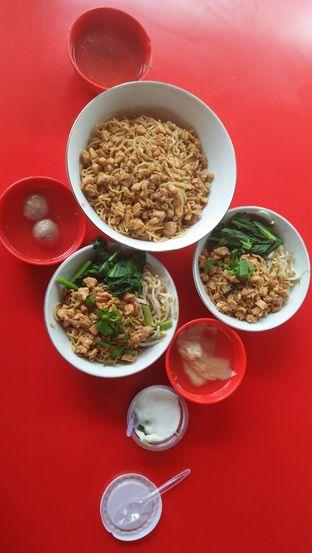 Foto 5 - Makanan di Mie Bangka Koko oleh Review Dika & Opik (@go2dika)