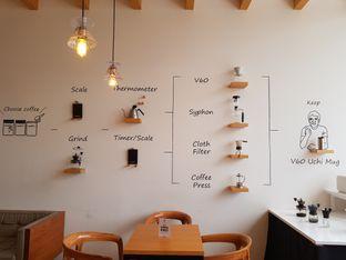Foto 6 - Interior di Hario Coffee Factory oleh D L