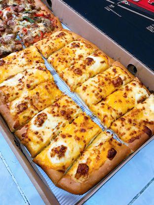 Foto 4 - Makanan di Pizza Hut oleh yudistira ishak abrar