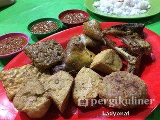 Foto 4 - Makanan di Nasi Uduk Kiko Sari oleh Ladyonaf @placetogoandeat