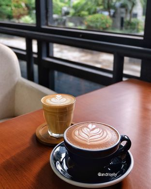 Foto 1 - Makanan di Simetri Coffee Roasters oleh ig: @andriselly
