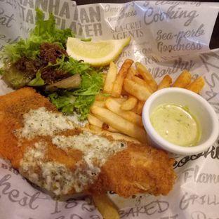Foto - Makanan di The Manhattan Fish Market oleh @duorakuss