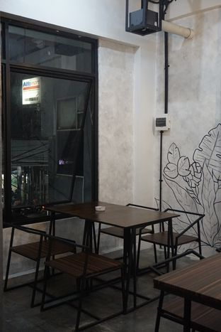 Foto 19 - Interior di Nationalism Coffee Brewers oleh yudistira ishak abrar