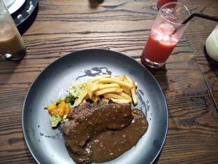 Foto review V8 Kitchen & Coffee oleh Deviana Puspita 1