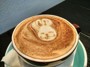 Foto review Monomania Coffee House oleh D L 2