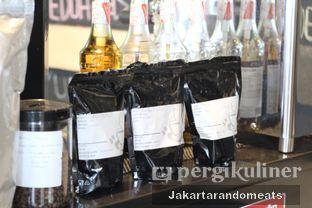 Foto 23 - Interior di Widstik Coffee oleh Jakartarandomeats