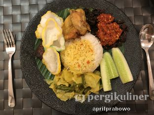Foto 2 - Makanan(Ayam Goreng Penyet) di Rasa Rasa Indonesian Cuisine oleh Cubi