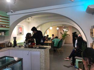 Foto 3 - Interior di Cliq Coffee & Kitchen oleh @Foodbuddies.id   Thyra Annisaa