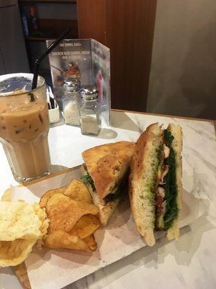 Foto 24 - Makanan di The Goods Cafe oleh Prido ZH
