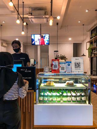 Foto 5 - Interior di Emji Coffee Bar & Space oleh deasy foodie