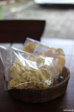 Foto 10 - Makanan di Kedai Soto Ibu Rahayu oleh Kevin Leonardi @makancengli