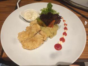 Foto 3 - Makanan(Crusty Dory 64k) di Oh! Cafe oleh Winny Valencia