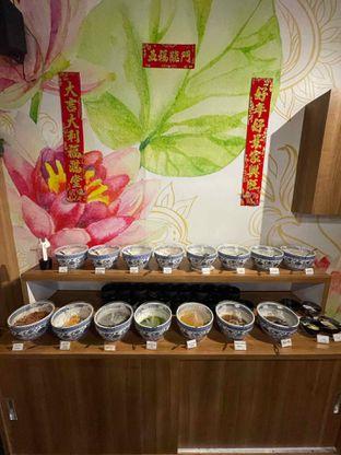 Foto 1 - Makanan di Qinma Hotpot oleh Vionna & Tommy