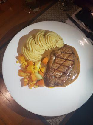 Foto 5 - Makanan di Atmosphere oleh Food Bantal