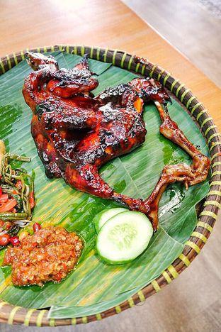 Foto 1 - Makanan di Hayam Bakakak Gosrek oleh Couple Fun Trip & Culinary
