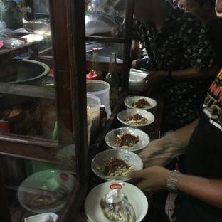 Foto 2 - Interior di Bubur Ayam Samping BCA Khas Mayong oleh Anne Yonathan