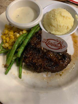 Foto - Makanan di Holycow! STEAKHOUSE by Chef Afit oleh Wawa | IG : @foodwaw